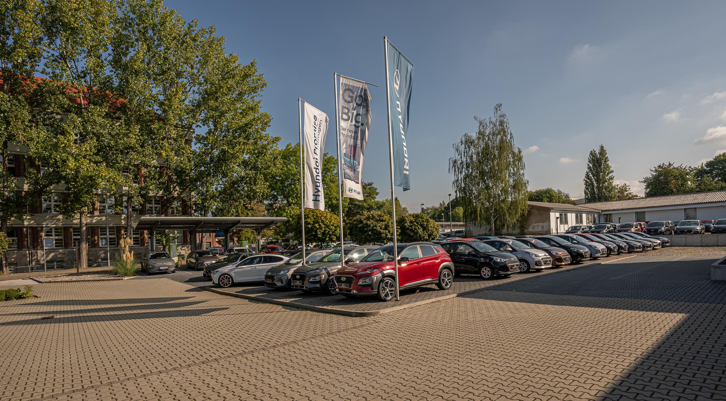 Hyundai Vertragshändler Hirsch Chemnitz GmbH Außenaufnahme